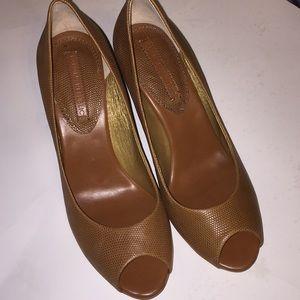Banana Republic luscious caramel Jana heels size 9